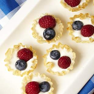 Mini Berry Low Fat Cream Pies